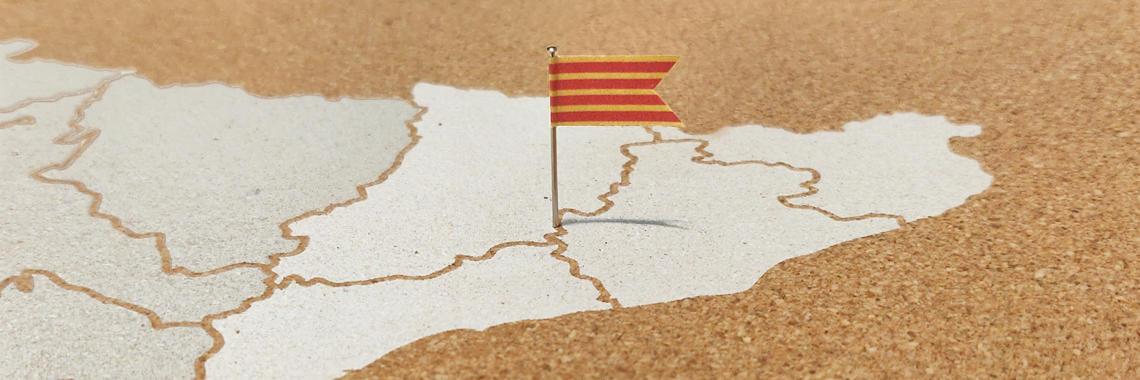 En Cataluña se habla Castellano y Catalán, pero algunos organismos catalanes tienden a exigir que toda la documentación se presente traducida a Catalán, en cuyo caso necesitarás Traducción Oficial Jurada.