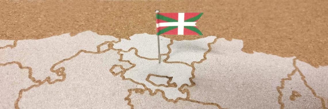 En País Vasco se habla Castellano y Euskera, pero algunos organismos vascos tienden a exigir que toda la documentación se presente traducida a Euskera, en cuyo caso necesitarás Traducción Oficial Jurada.